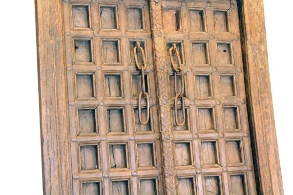 Houten deur met frame