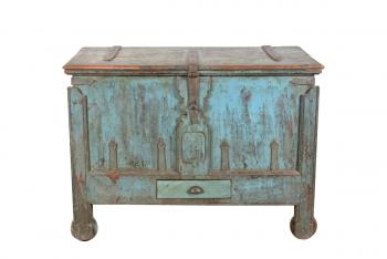 houten kist met kleine lade