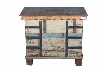 gekleurde houten kist