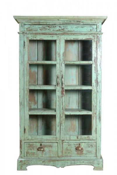 Een prachtige antieke boekenkast vind je bij Gusj Lifestyle.